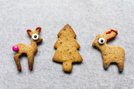Cute gingerbread reindeer and Christmas tree cookies