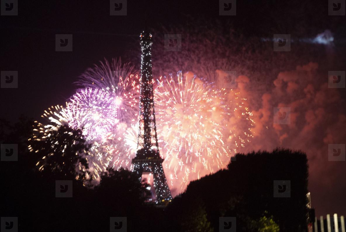 Eiffeltower Fireworks  9