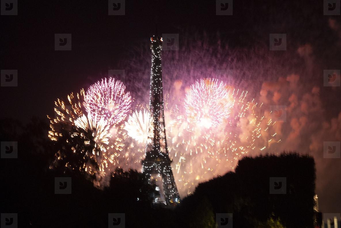 Eiffeltower Fireworks  7