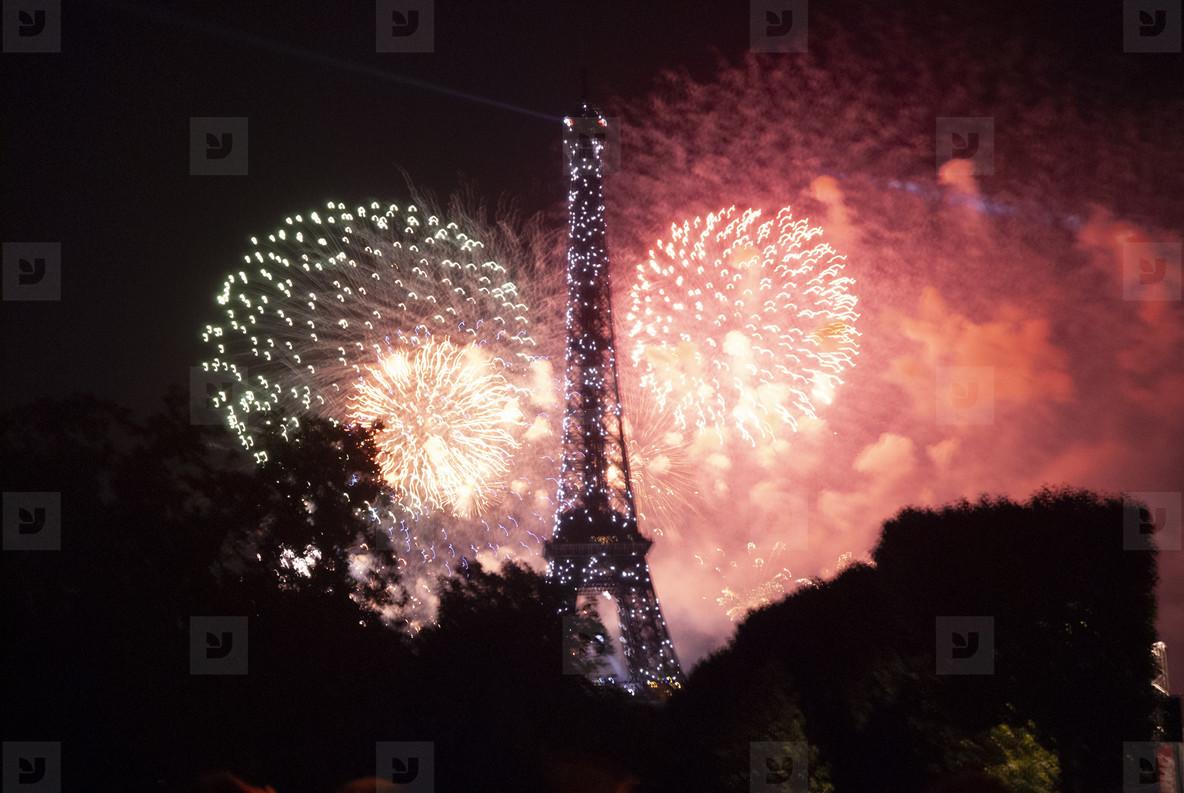 Eiffeltower Fireworks  5