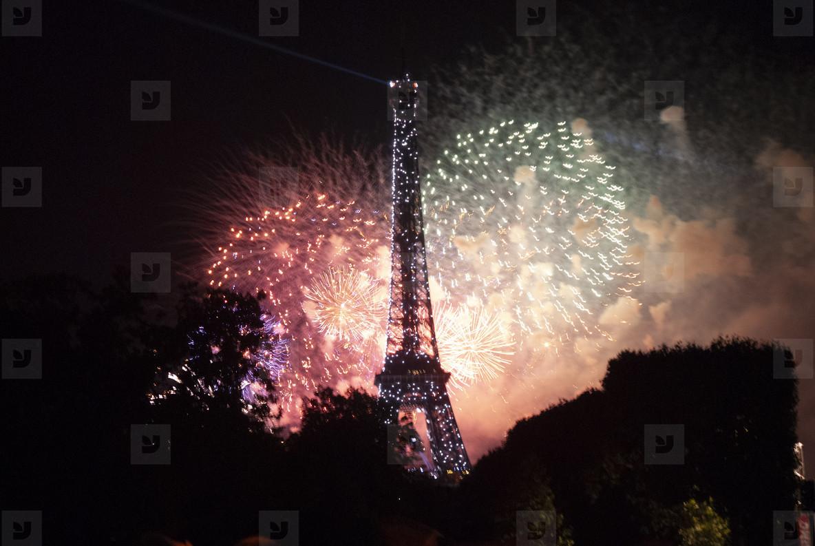 Eiffeltower Fireworks  6