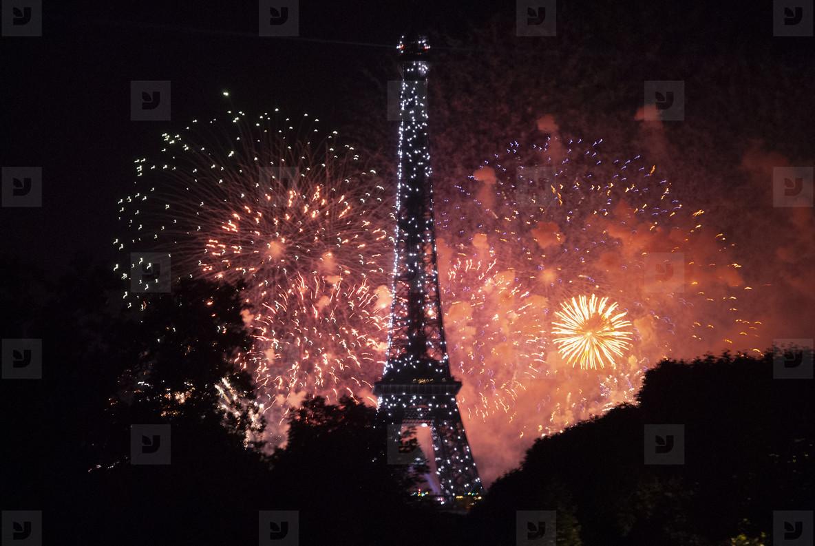 Eiffeltower Fireworks  3