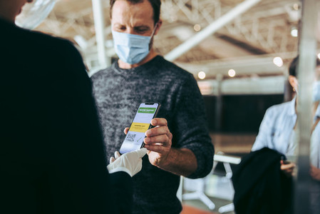 International travel during pandemic using vaccination passport