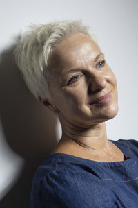 Portrait beautiful mature woman with short hair smiling