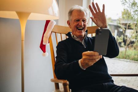 Christmas greeting over a video call