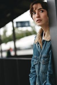 Female indie musician 2