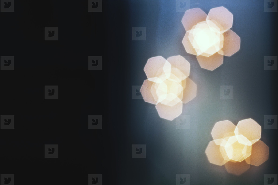 3 Light Clusters