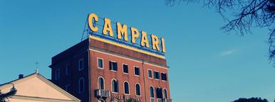 venetian hotel with advertising