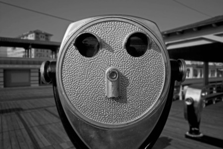 Boardwalk binoculars