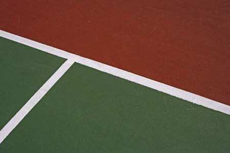 Green and red tennis court