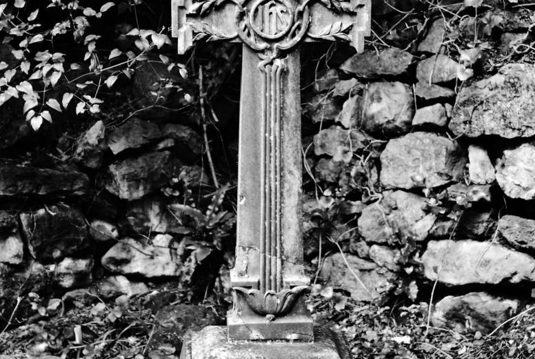 graveyard 01
