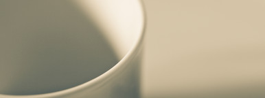 chic crockery composition
