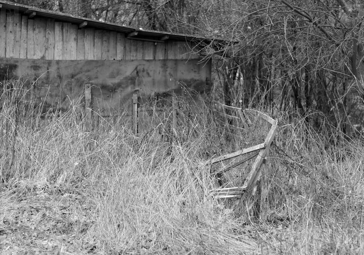 fence V