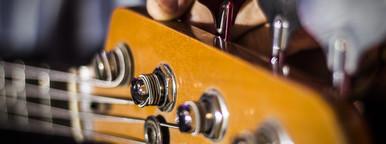 Bass Guitar Head