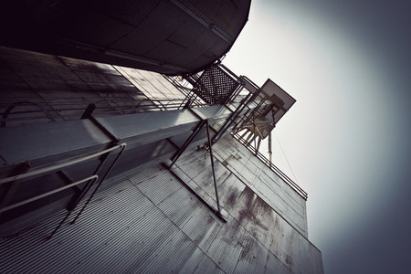 Industrial grain elevator