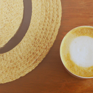 latte coffee with hat