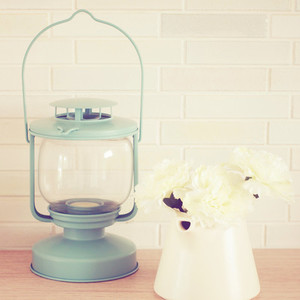 Vintage lamp and flower