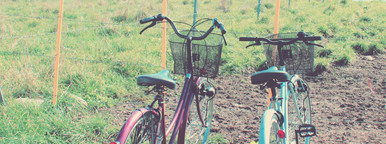 Two bicycles with retro filter