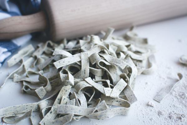 Homemade spinach tagliatelle  3