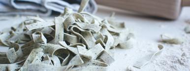 Homemade spinach tagliatelle  9