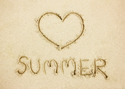 word summer on sand