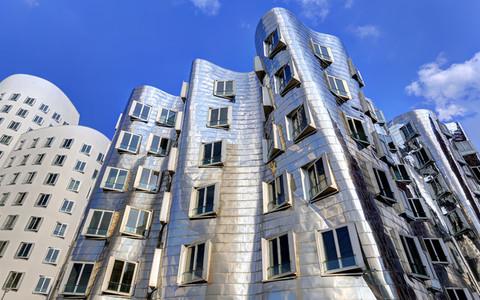Dusseldorf Gehry Silver 3