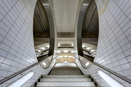Frankfurt Portals 1