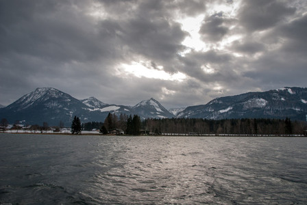 Lake  Mountain  Winter