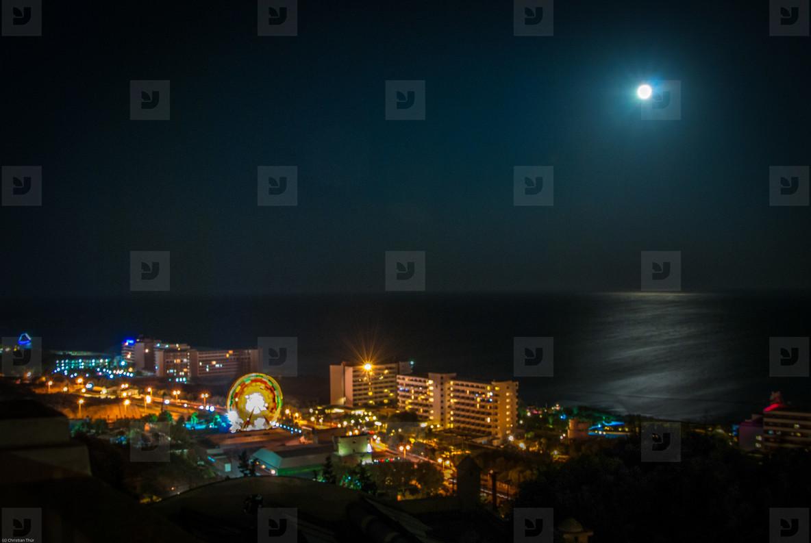 Rhodos full moon night