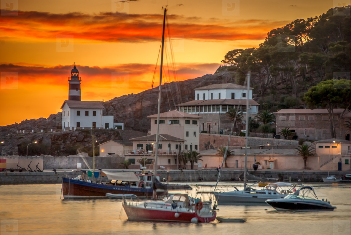 Sunset in harbour