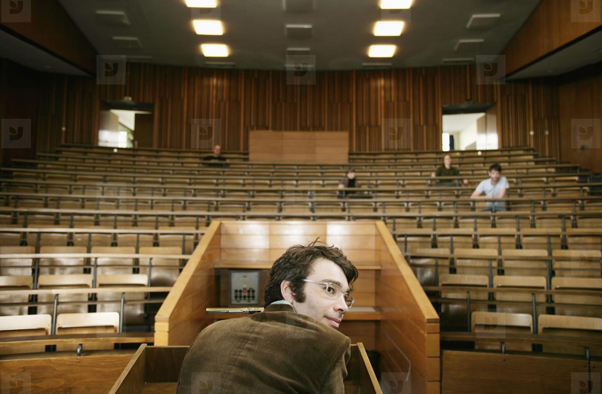 University Lecture  06