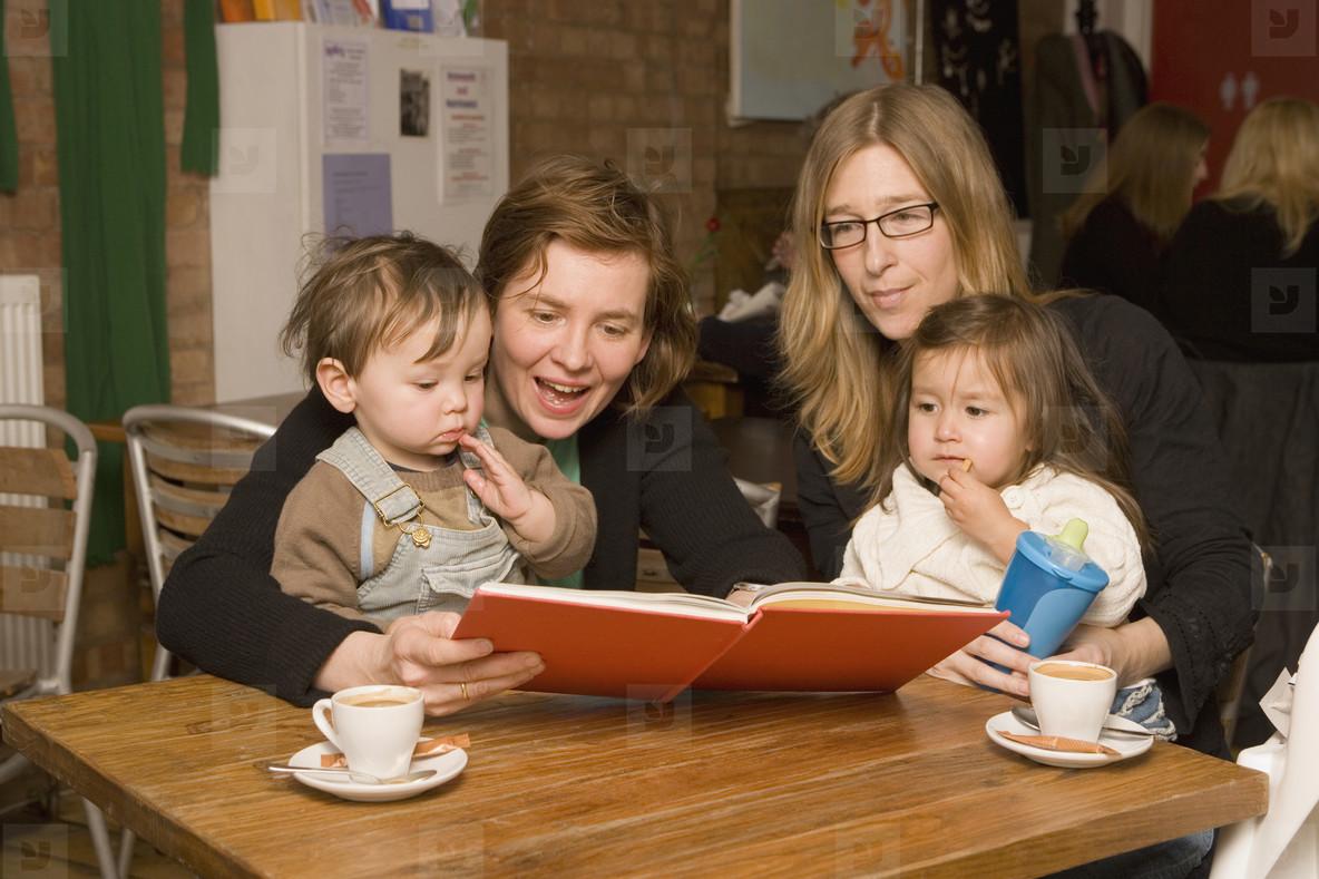 Cafe Motherhood  02
