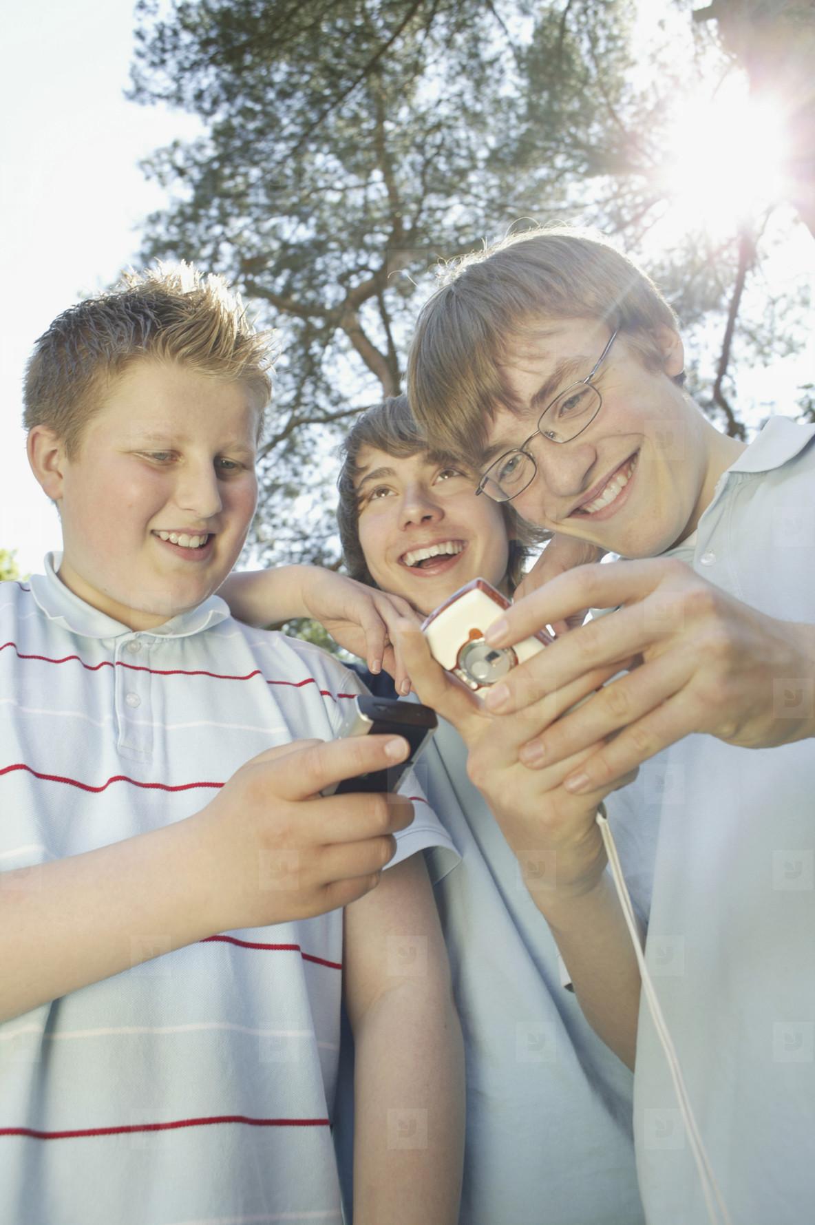 Boys Gaming  01