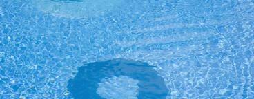 Poolside Holidays  28