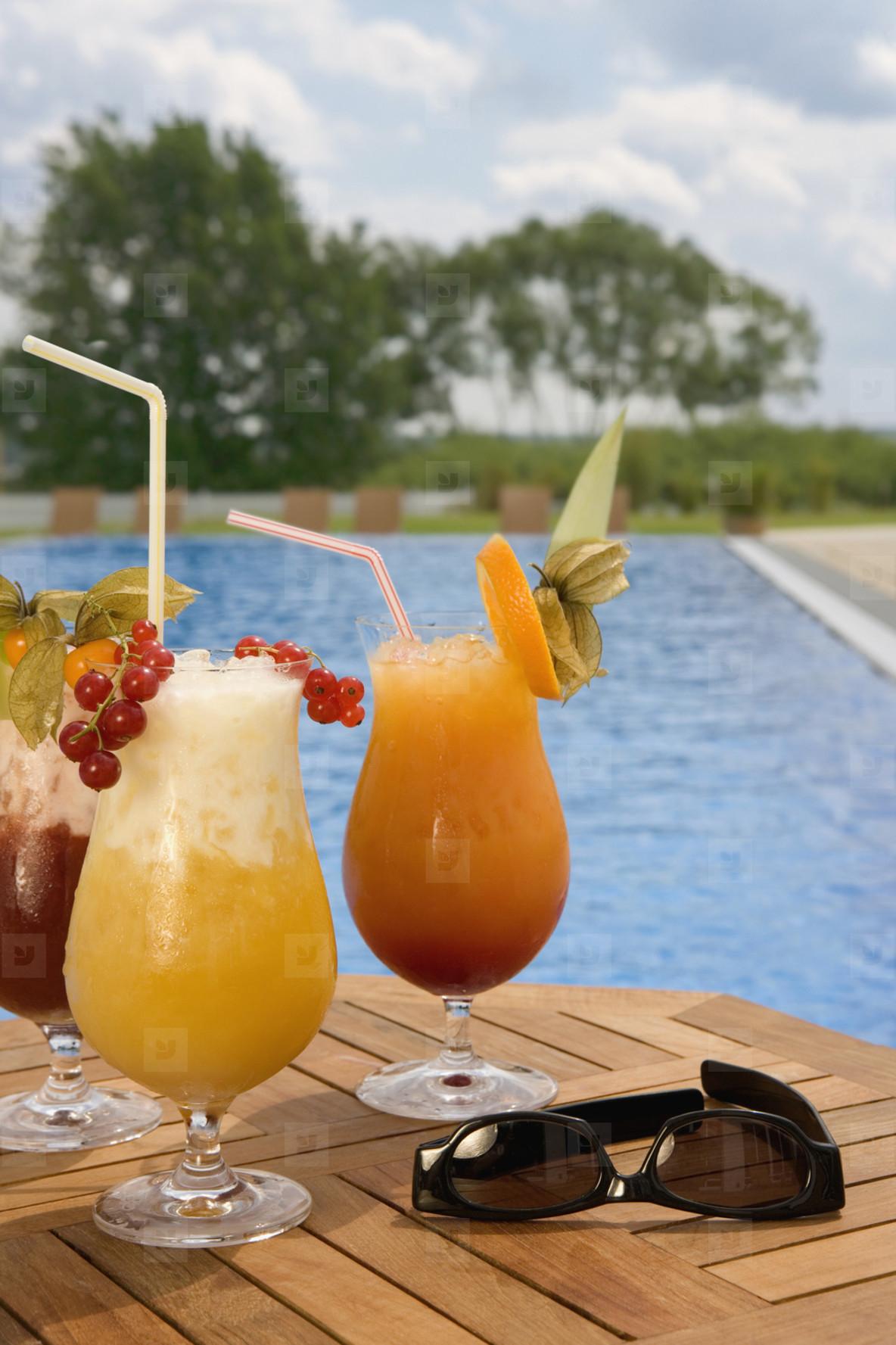 Poolside Holidays  33