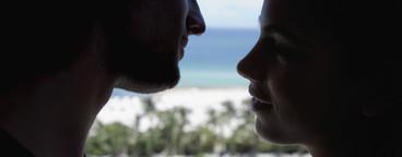 Beach Couple Day  02