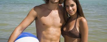 Beach Couple Day  05