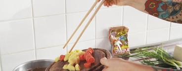 Retro Sushi Couple  03