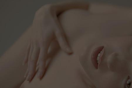 24 Nudes 01