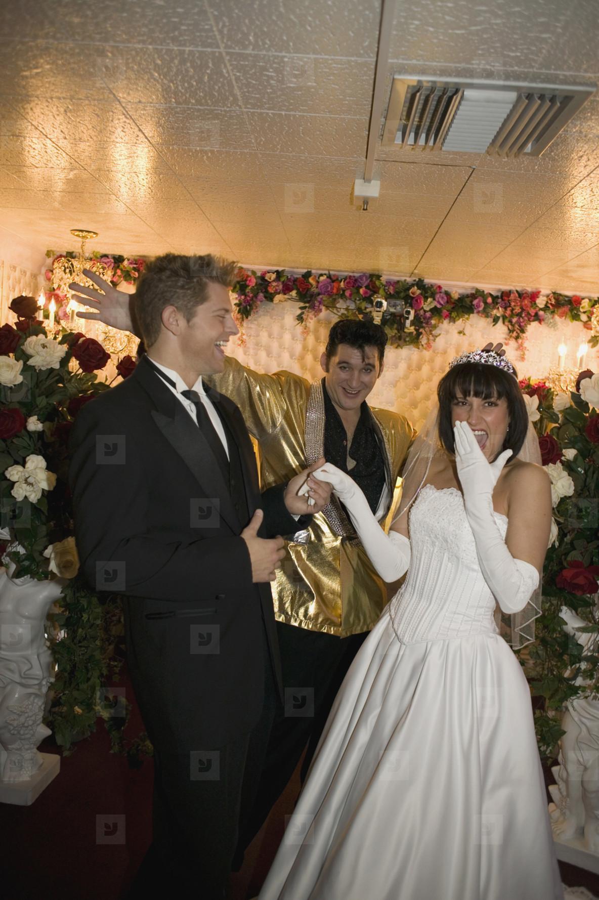 Vegas Wedding Chapel of Love  15