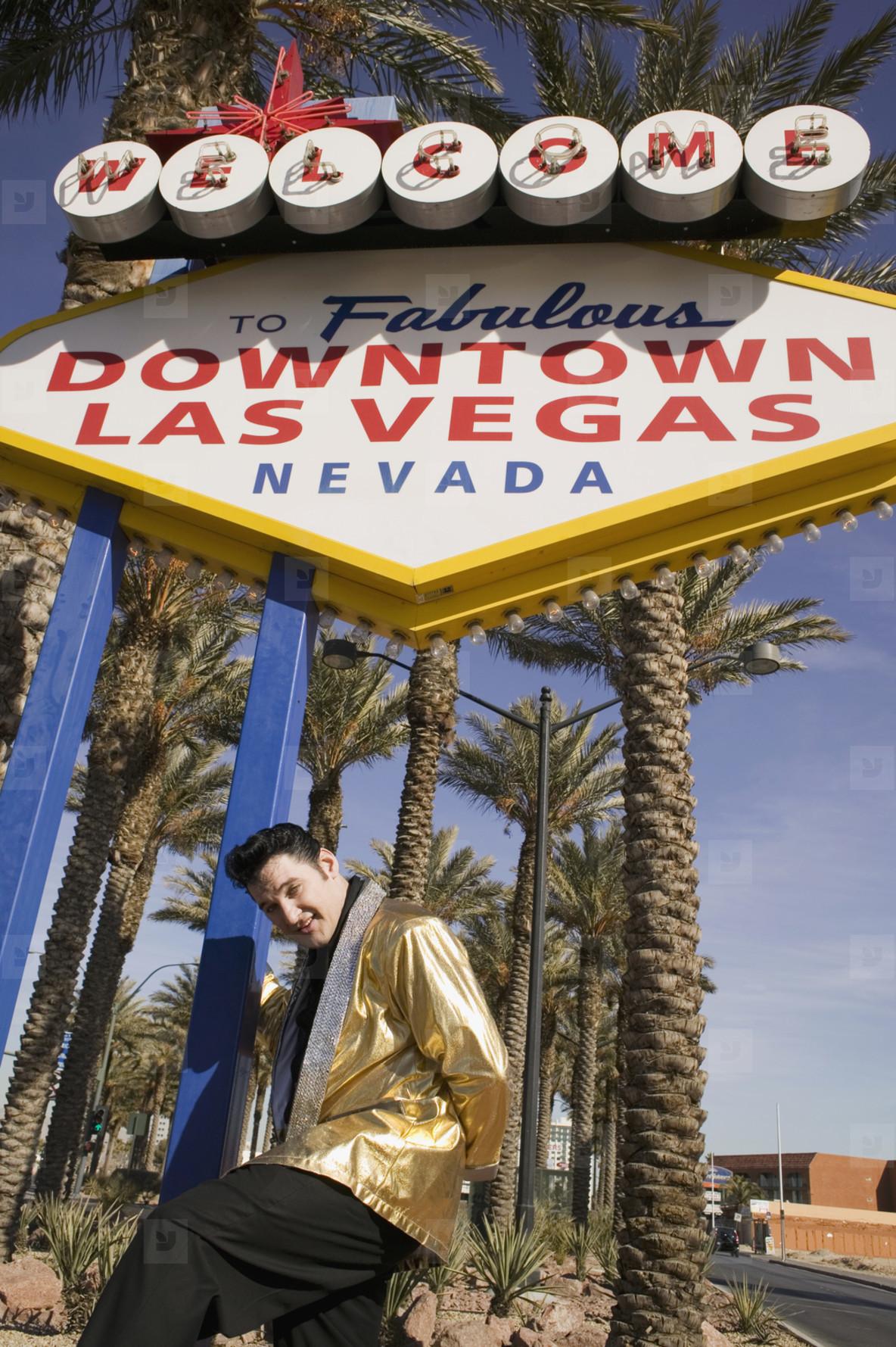 Vegas Wedding Chapel of Love  19