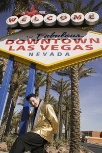 Vegas Wedding Chapel of Love  19