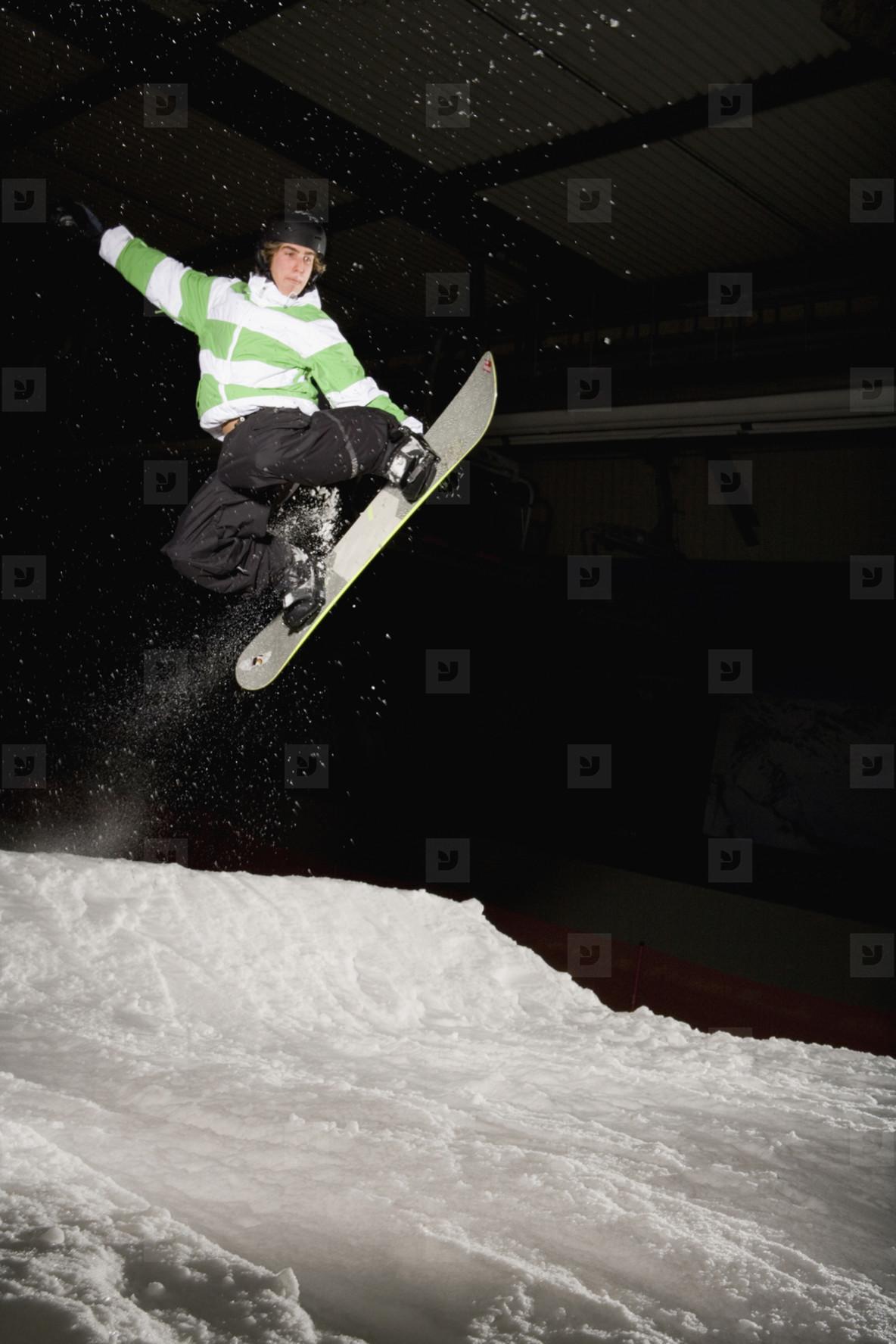 Snowboard Night  09