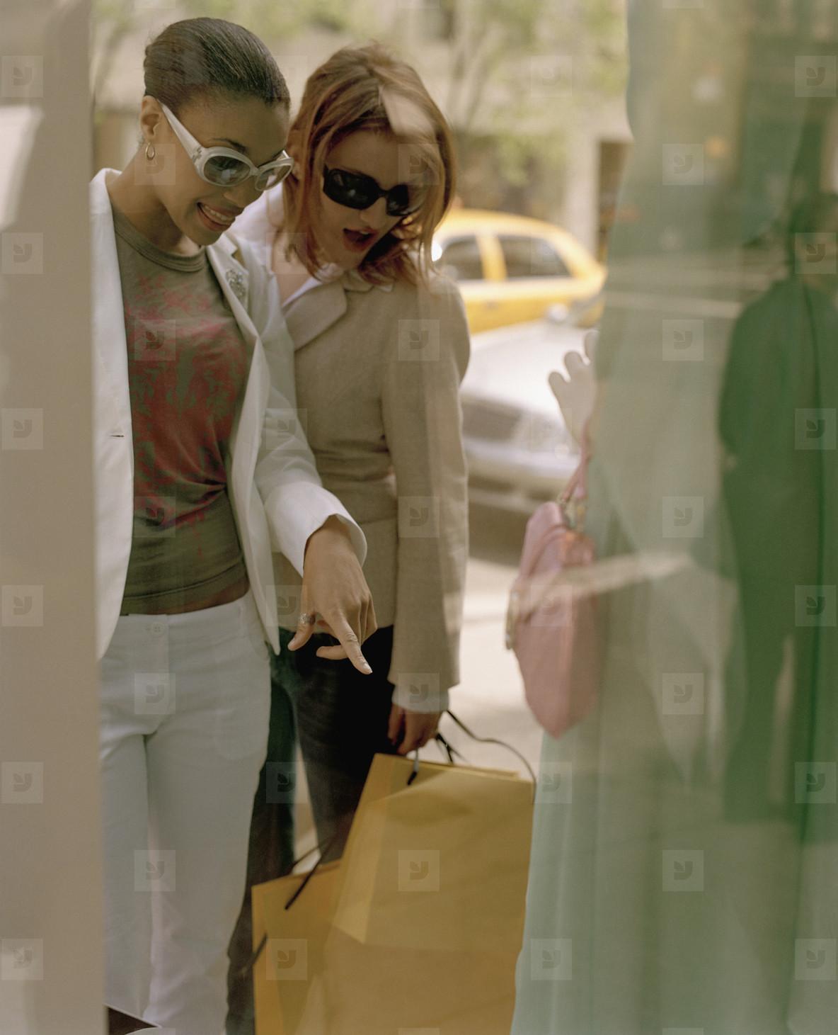NYC Girlfriends Shopping  06