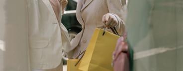 NYC Girlfriends Shopping  13