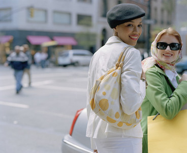 NYC Girlfriends Shopping 16