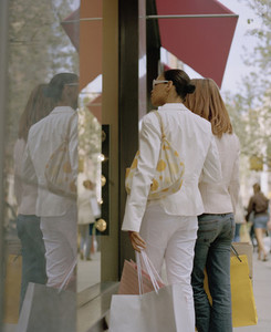 NYC Girlfriends Shopping 26