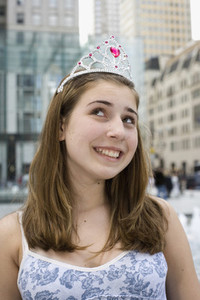 Princess Tweens City Shopping 01