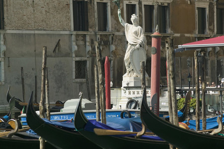 Venice Bliss 01