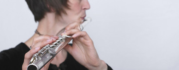 Flute Poses  01